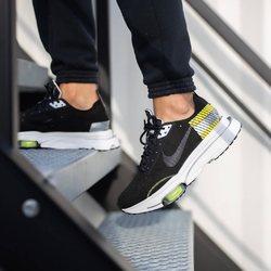Nike Air Zoom-Type SE 3M «Black / Yellow » —————————————————————————— Disponible @vestiairestore Metz / Nancy & sur  www.vestiairestore.com —————————————————————————— Du 40 au 46  160€ —————————————————————————— • 5/7 Rue de Ladoucette 57000 METZ • 30 Rue Gambetta 54000 NANCY  Lundi  14h-19h Mardi à Vendredi  10h30-12h30  14h-19h Samedi  10h30-19h ——————————————————————————