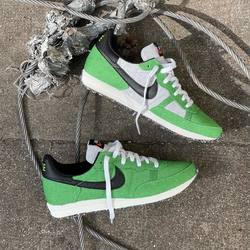 Nike Challenger OG «Mean Green» —————————————————————————— Disponible @vestiairestore Metz / Nancy & sur  www.vestiairestore.com —————————————————————————— Du 38,5 au 45 | 90€ l—————————————————————————— • 5/7 Rue de Ladoucette 57000 METZ • 30 Rue Gambetta 54000 NANCY  Lundi  14h-19h Mardi à Vendredi  10h30-12h30  14h-19h Samedi  10h30-19h ——————————————————————————