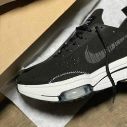 Nike Air Zoom-Type «Black / Anthracite» —————————————————————————— Disponible @vestiairestore Metz / Nancy & sur  www.vestiairestore.com —————————————————————————— Du 40 au 45  150€ —————————————————————————— • 5/7 Rue de Ladoucette 57000 METZ • 30 Rue Gambetta 54000 NANCY  Lundi  14h-19h Mardi à Vendredi  10h30-12h30  14h-19h Samedi  10h30-19h ——————————————————————————