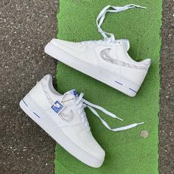 Nike AF1 Low Topography Pack « White / Racer Blue » —————————————————————————— Disponible @vestiairestore Metz / Nancy & sur  www.vestiairestore.com —————————————————————————— Du 40 au 45 | 150€ |—————————————————————————— • 5/7 Rue de Ladoucette 57000 METZ • 30 Rue Gambetta 54000 NANCY  Lundi  14h-19h Mardi à Vendredi  10h30-12h30  14h-19h Samedi  10h30-19h ——————————————————————————